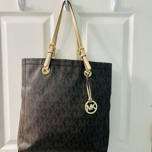Michael Kors large leather tote purse